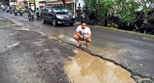 faktor penyebab jalan aspal cepat rusak