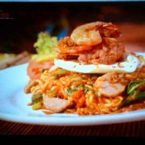 Nikmati Pedasnya Mie Pecun Surabaya
